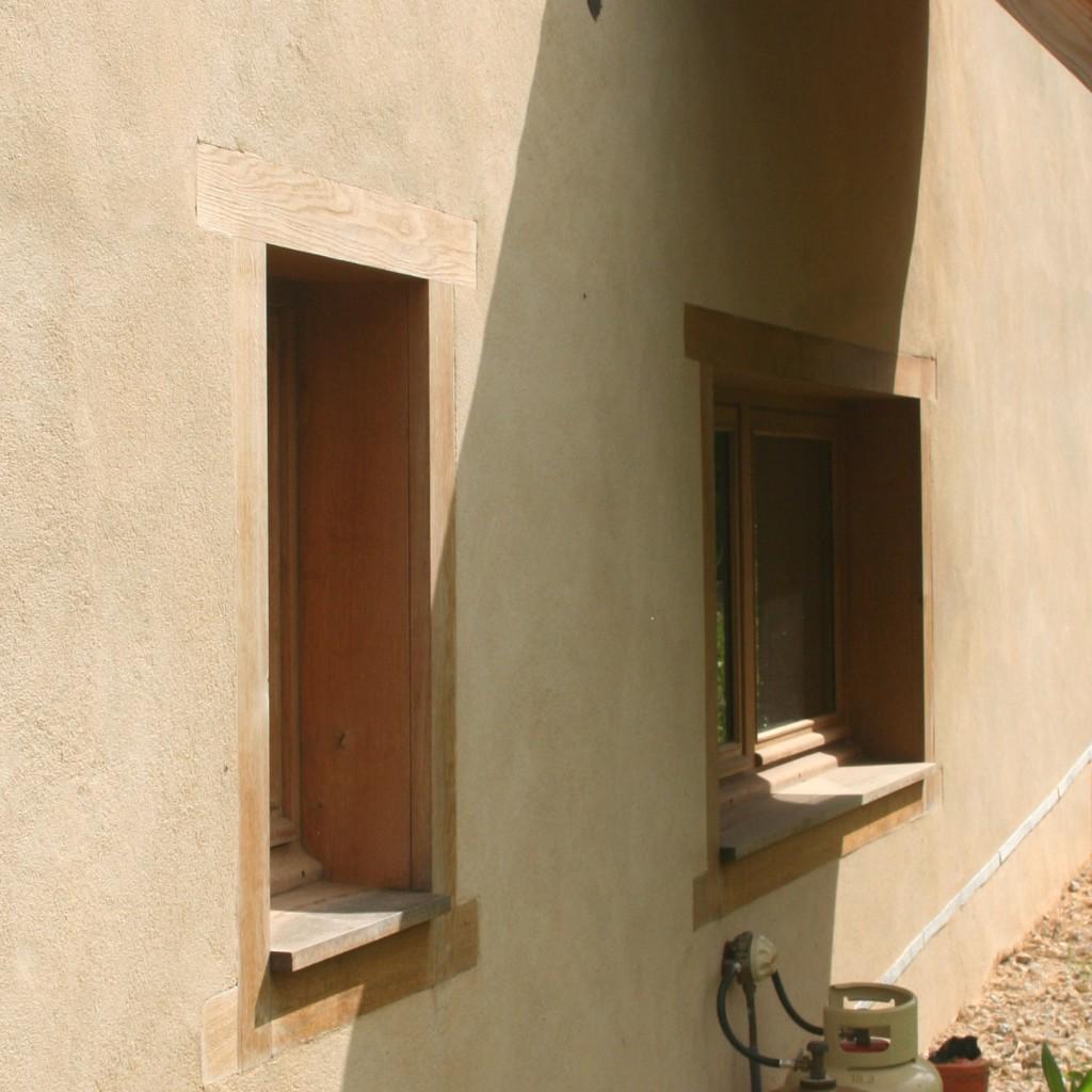 enduit exterieur sur isolation chaux chanvre projet e 1 pieds nus habitat. Black Bedroom Furniture Sets. Home Design Ideas